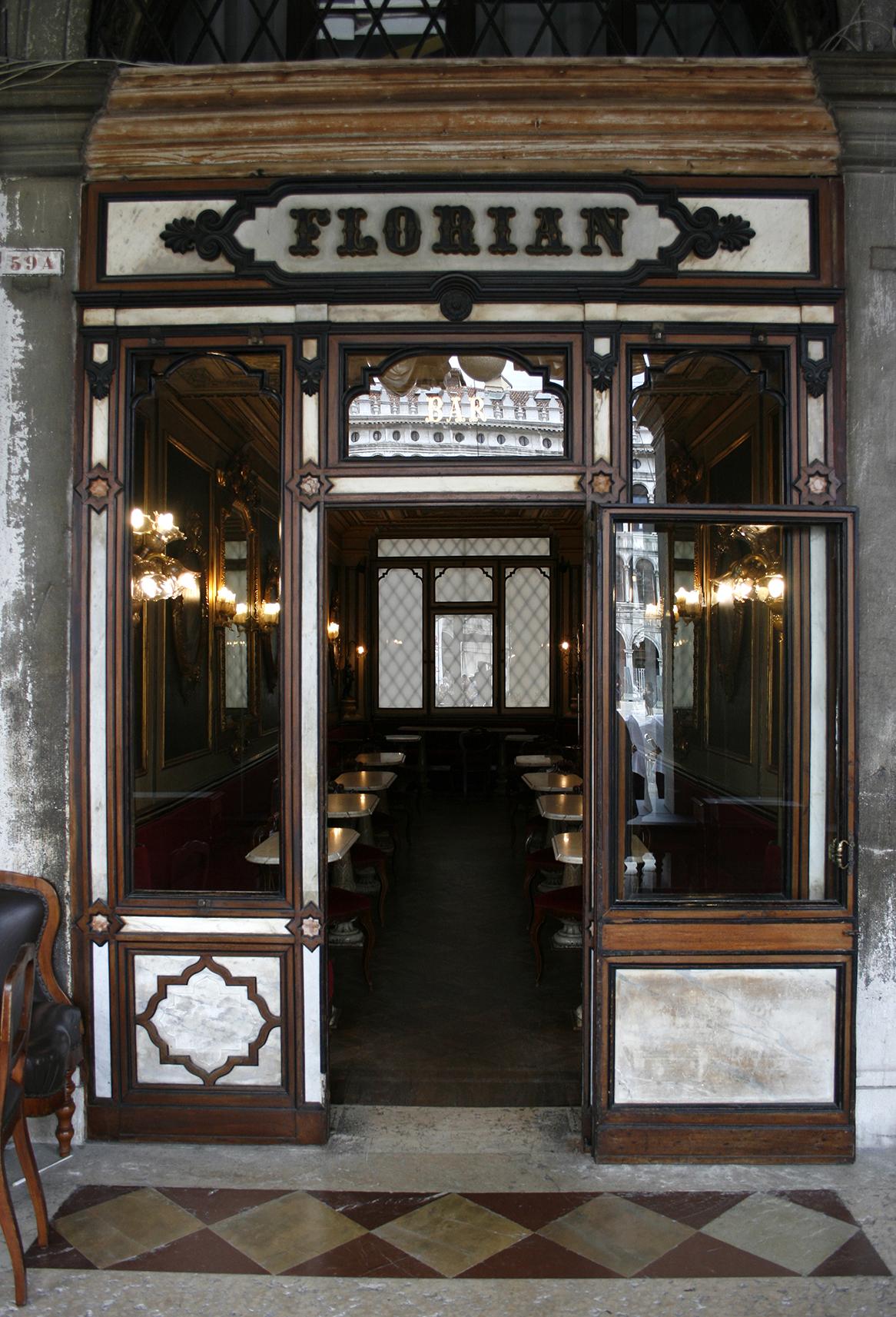 Portada de una de las entradas al Caffè de Florian