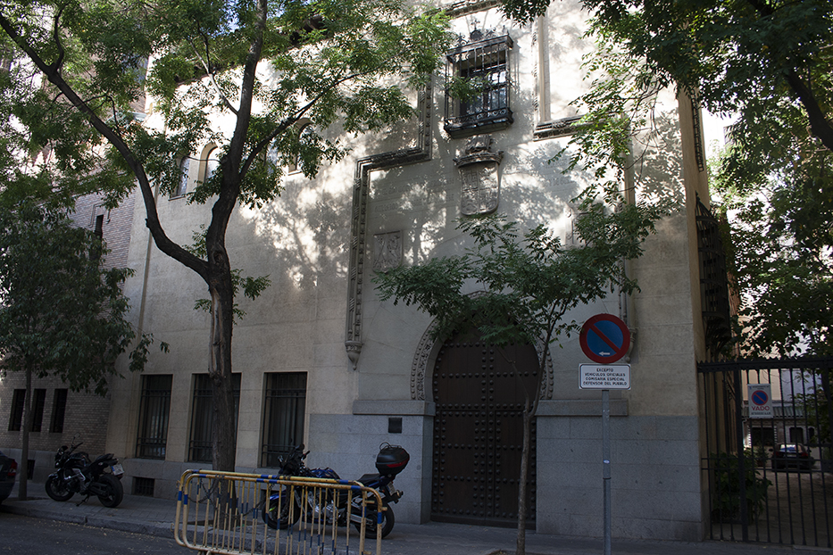 Palacio Bermejillo. Calle Fortuny (Fot. Paradas con Hisoria)