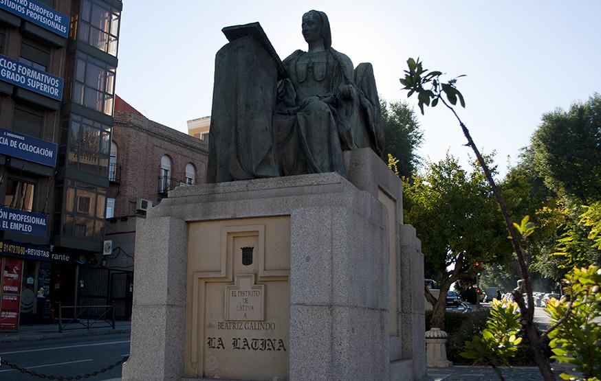 Monumento a Beatriz Galindo La Latina