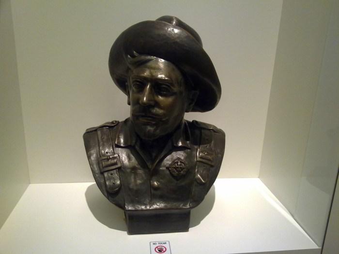 Busto de Eloy Gonzalo, expuesto en el Museo Militar de Toledo