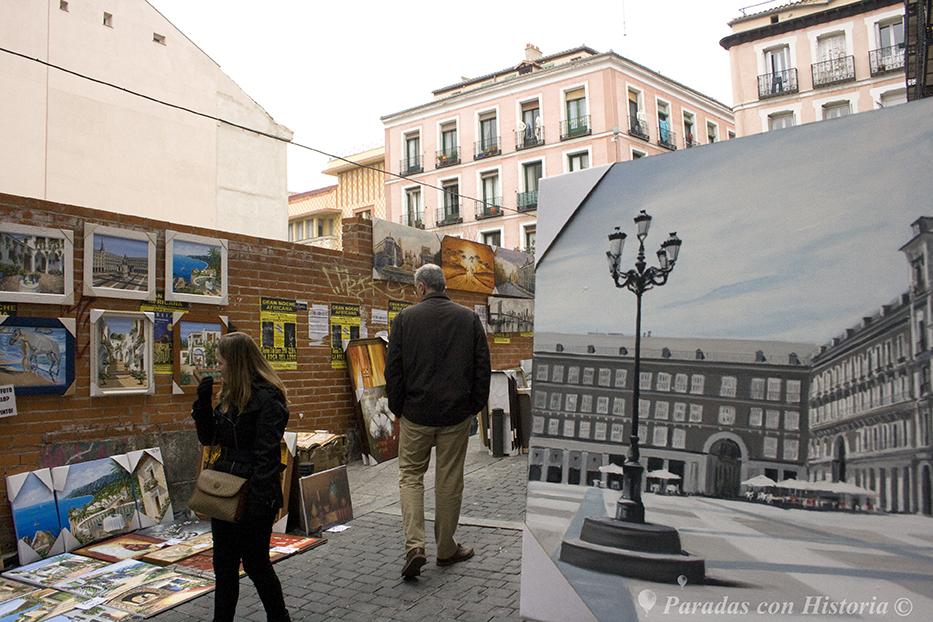 """La llamada """"calle de los pintores"""" en el Rastro"""