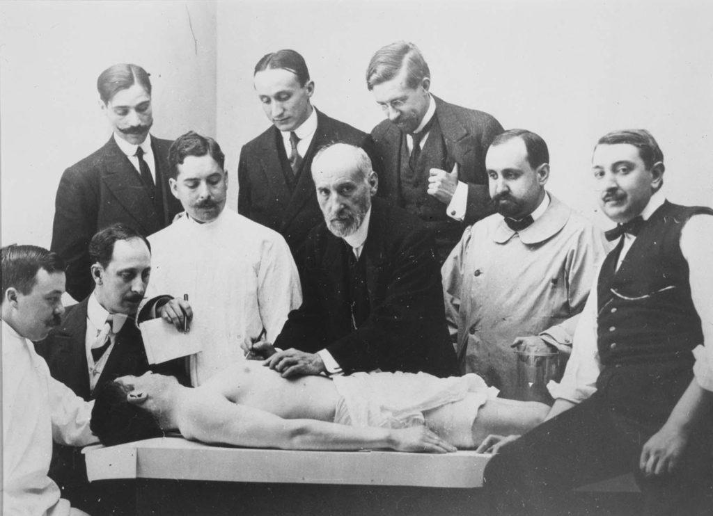 Autopsia realizada por Ramón y Cajal. Foto de Alfonso Sánchez García